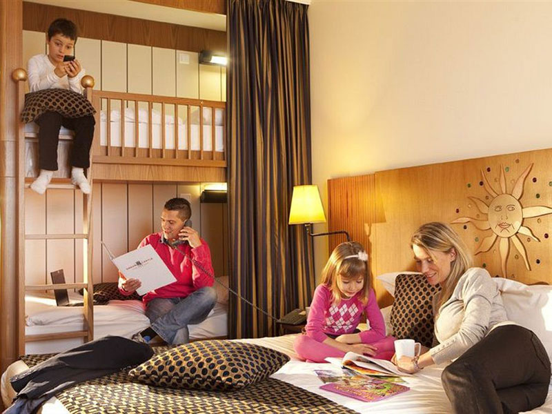 Family-Friendly-Hotel-Dream-Castle.jpg